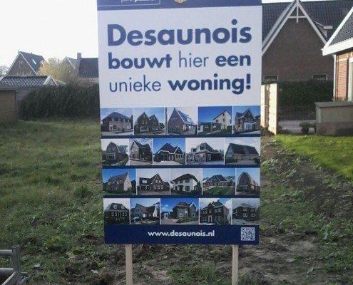 Nieuw reclamebord Bouwbedrijf B. Desaunois bv